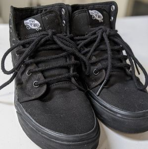 Vans Off The Wall High Top Skate Shoe